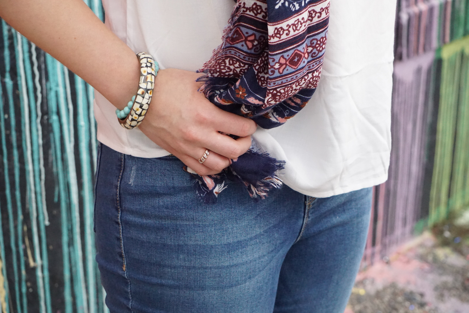 How to Style Denim Jeans with Confidence - Look slim and feel great with this denim jean styling tutorial.