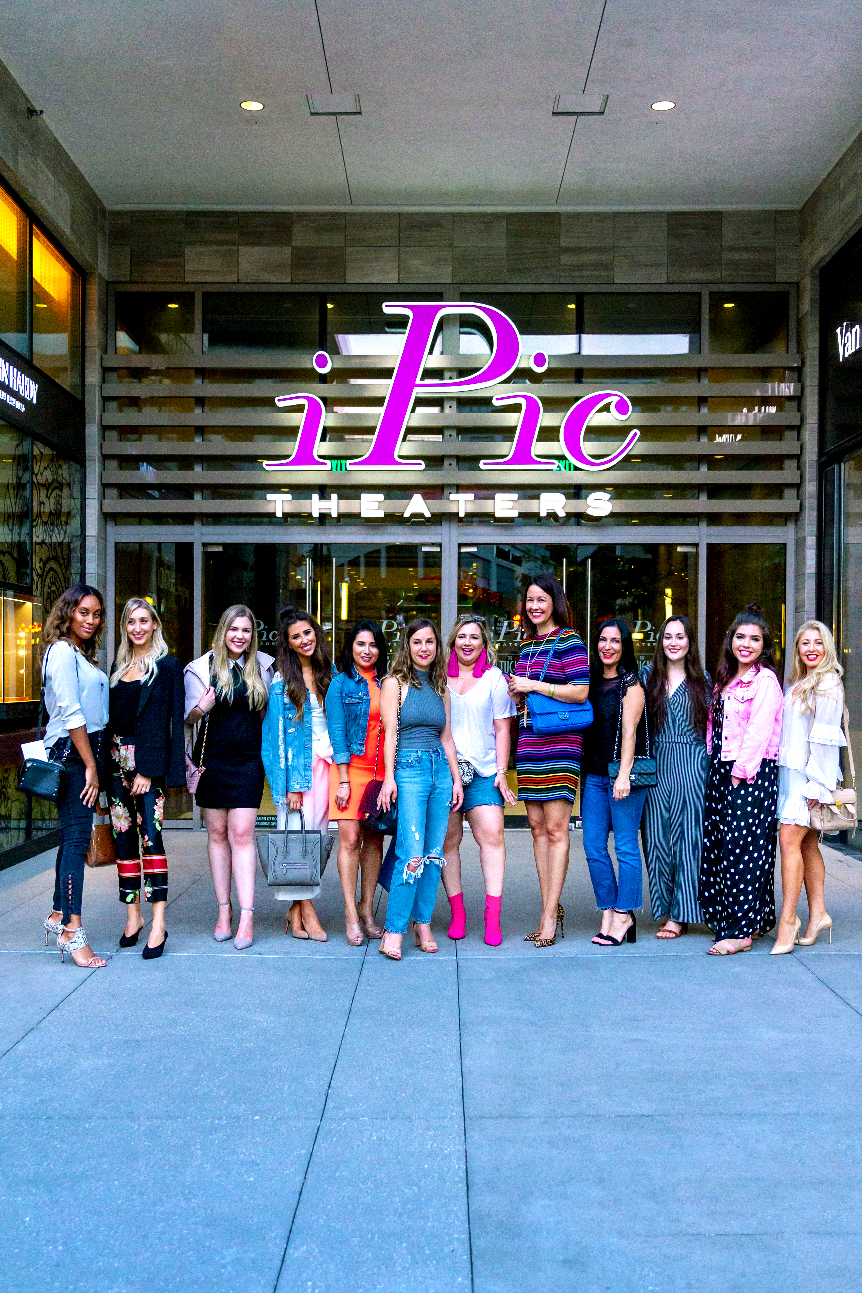 iPic Tour at River Oaks District Houston Bloggers 2